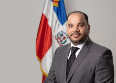 Defensor del Pueblo advierte a PN y MIDE que no pueden pedir tarjeta de vacunación a ciudadanos